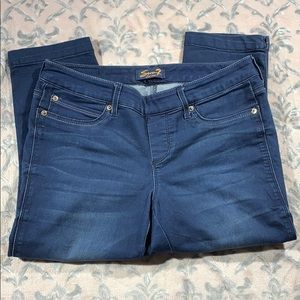 7FAM Cropped Stretch Jeans Size 6